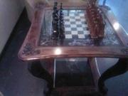 Продаю шахматный стол
